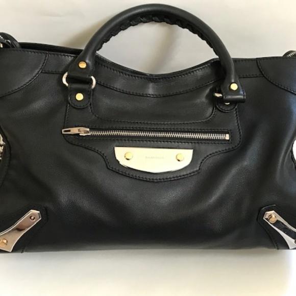 Balenciaga Handbags - Classic Balenciaga black bag